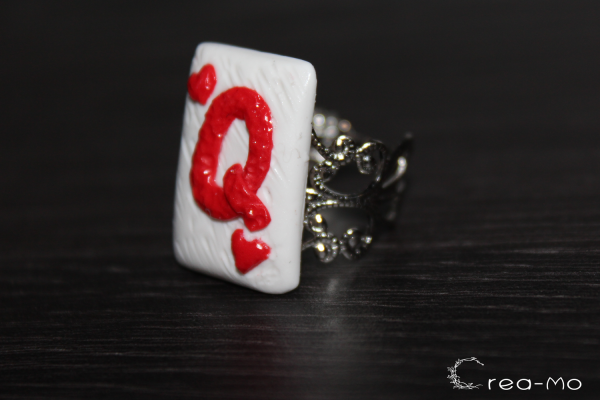 Bague Reine de coeur en forme de carte à jouer