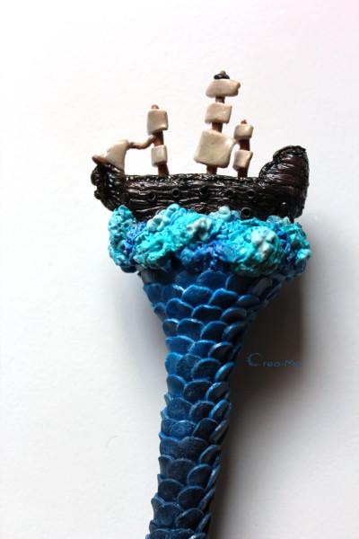 Première épreuve fabrication d'un pic à cheveux vaisseau sur la mer