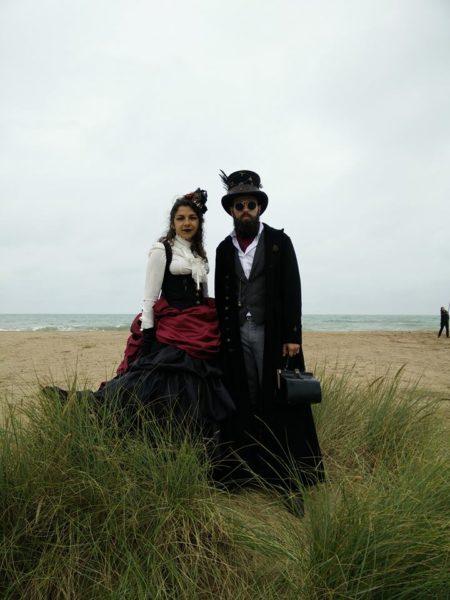 Cidre et Dragon 2016 couple steampunk plage de merville franceville